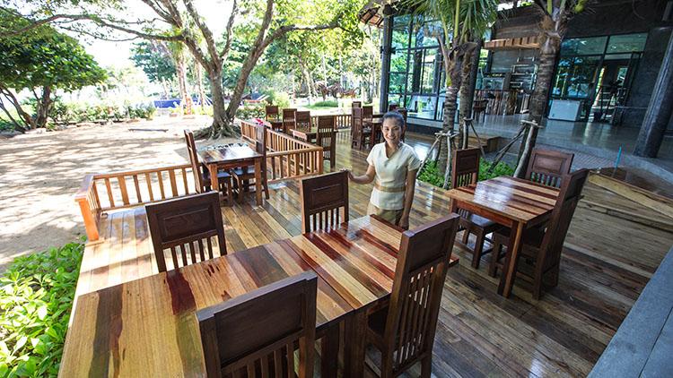 Dugong Beach Resort Restaurant